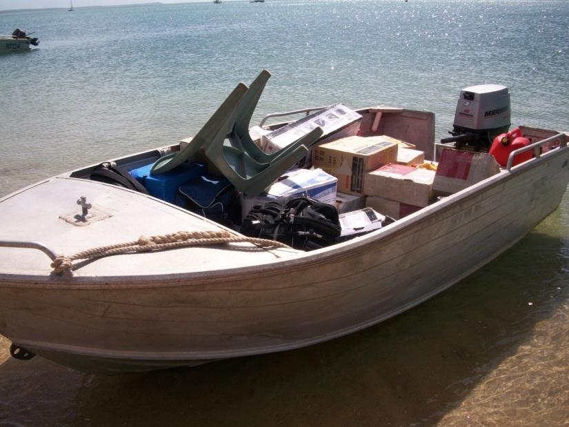 06boat.JPG